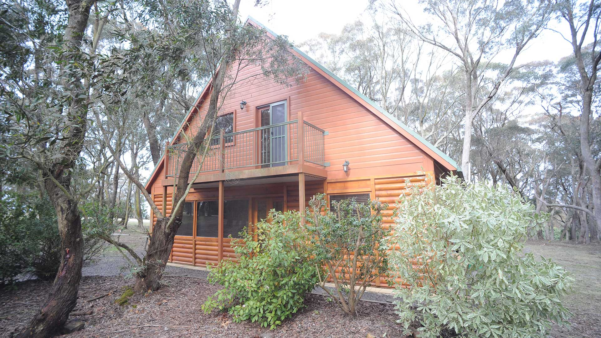 Accommodation - Melaleuca Chalets | Visit Oberon